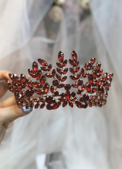 Claret Red Crowns